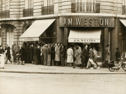 First boutique at 98 Boulevard de Courcelles, Paris